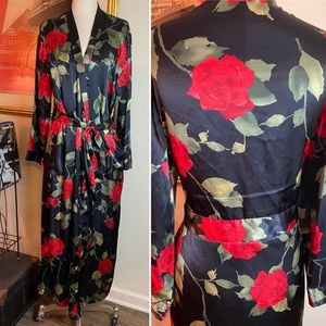 Red Roses Silky Black Night Gown Robe Large